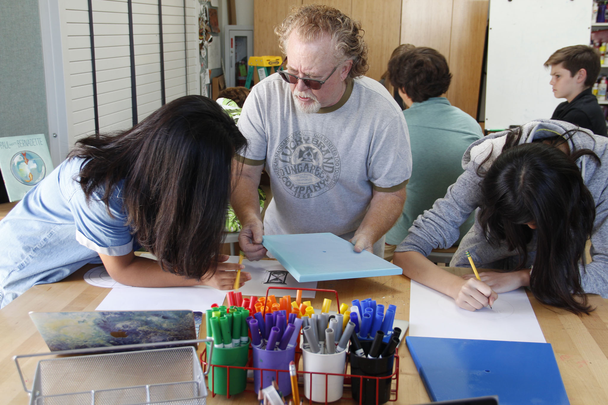 Visiting Artist Guides Middle Schoolers