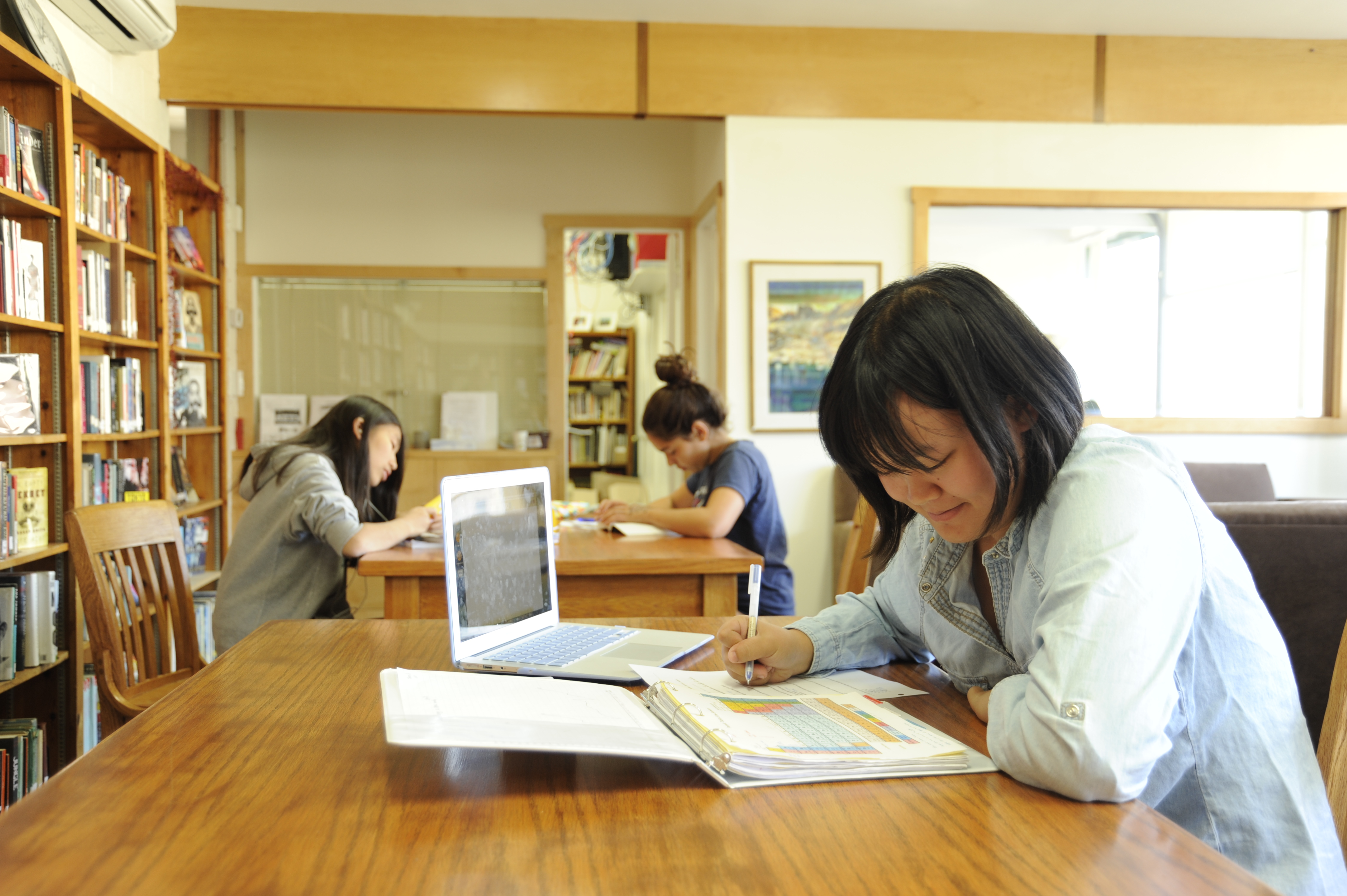 Students Prepare for Final Exams