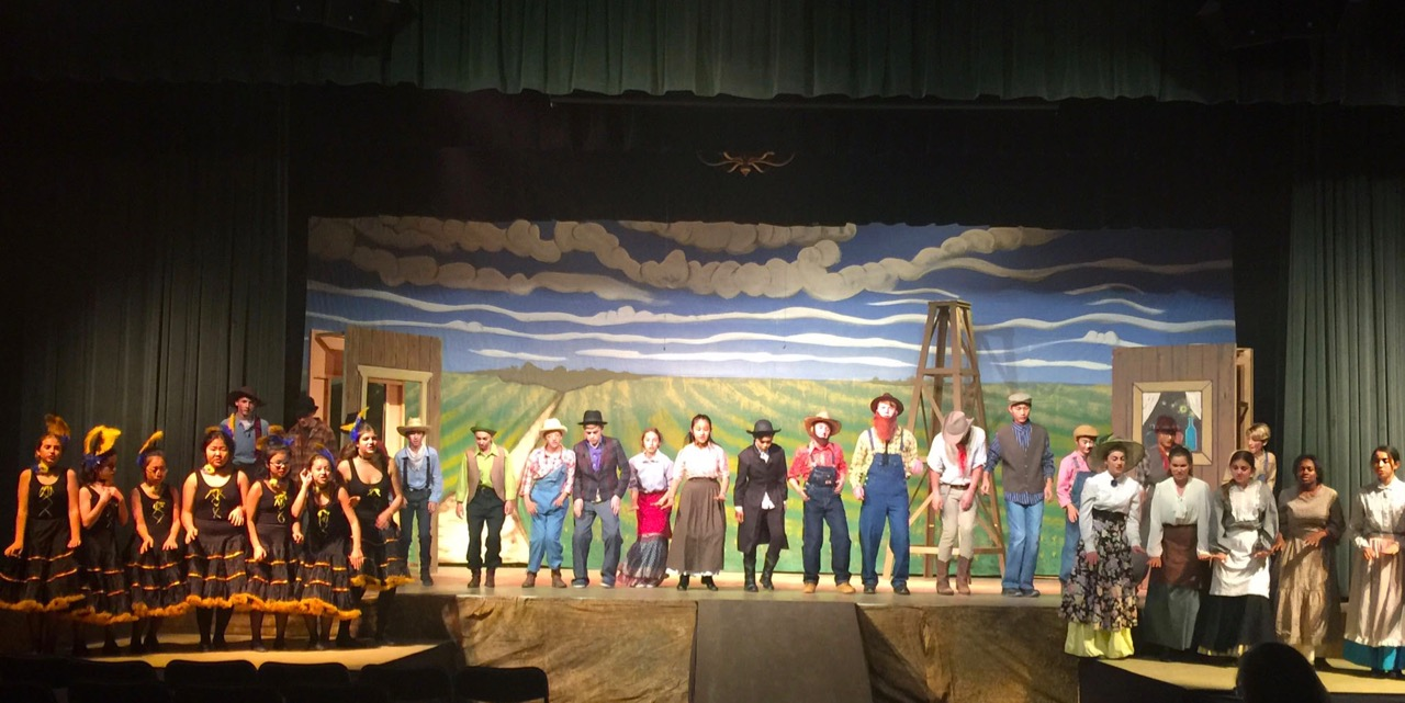 """Middle School Performs """"Paint Your Wagon"""""""